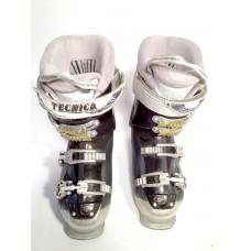 Горнолыжные ботинки Tecnika 24,5 см